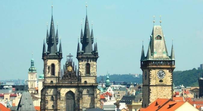 Planning Prague, a birthday present.