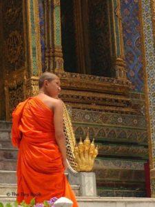Monk, Wat Phra Kaew.