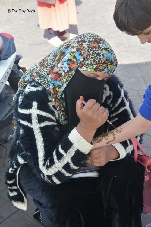 Henna Tattoos. Avoid scams in Marrakech