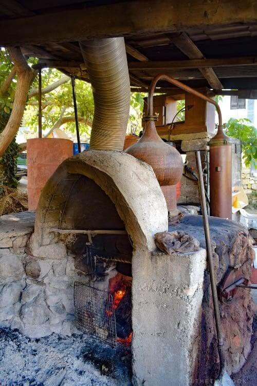 heating the caultron of raki