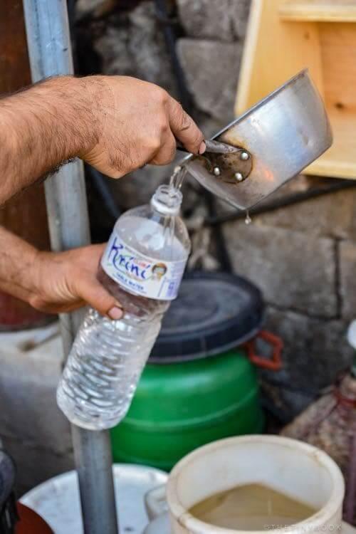 pouring raki