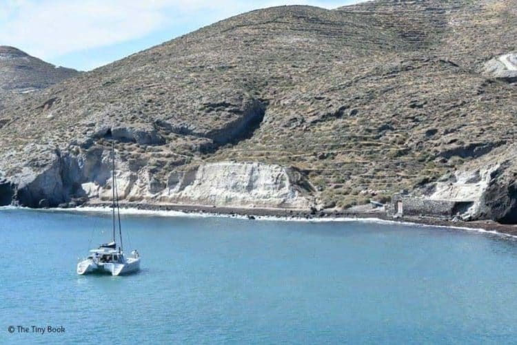 Sailing towards the Red Beach, Santorini.