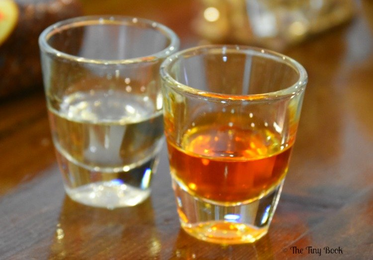 Greek Tastes: Koum Quat of Corfu, very sweet spirits