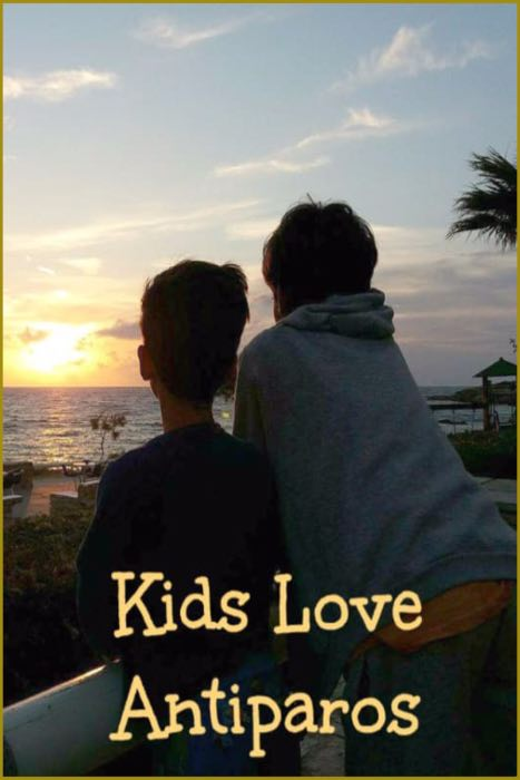 KIDS LOVE ANTIPAROS