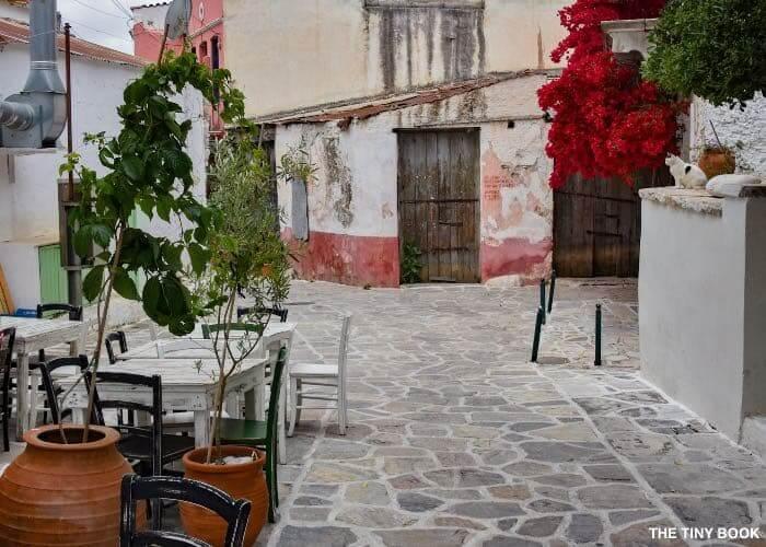 tables street naxos