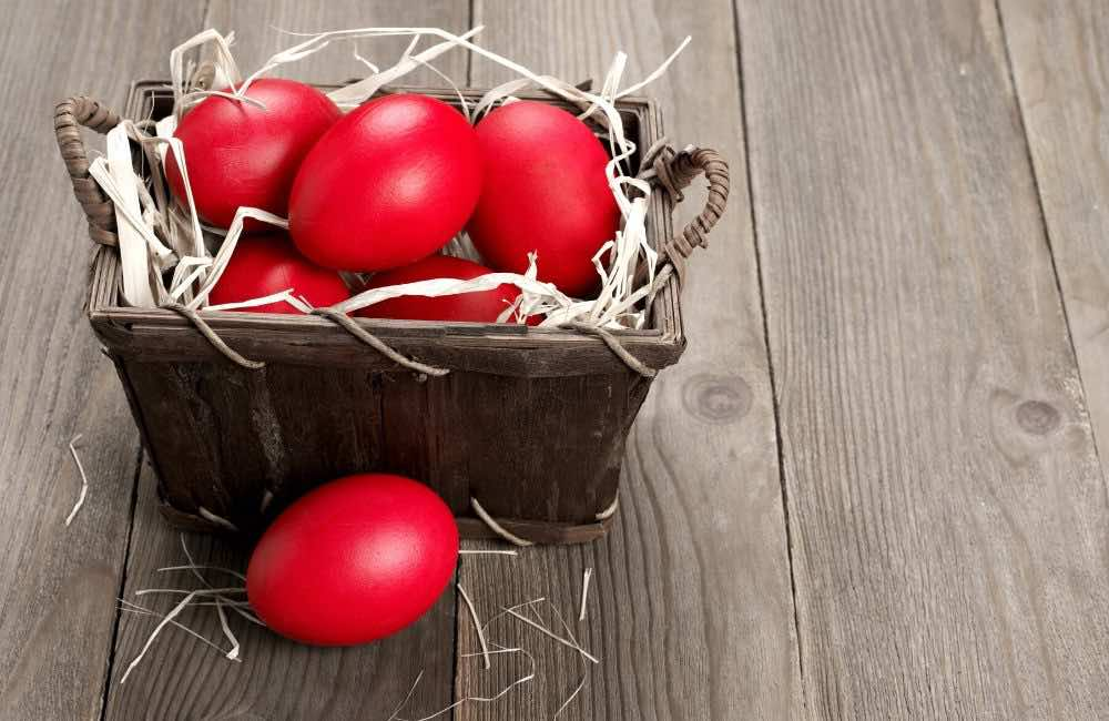 EASTER IN GREECE - RED EGGS