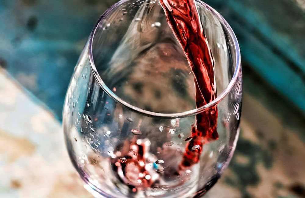 GLASS - WINE