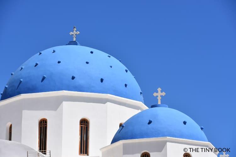 Blue domes Perissa, Santorini