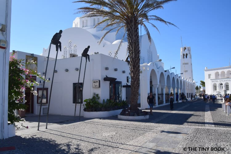 Mati Art Gallery and Santorini Cathedral. Greece