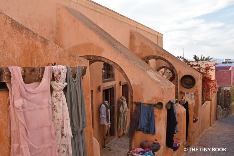 Shops in the alleys of Oia, Santorini island.