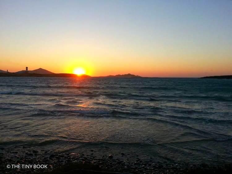 Santa Maria Beach, Paros