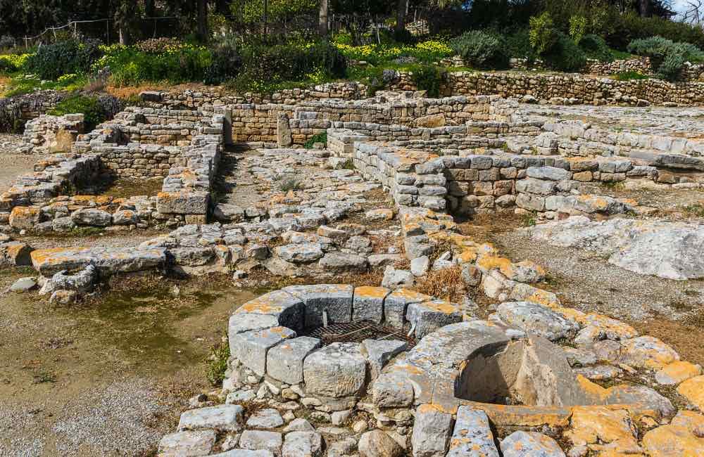 ruins, Minoan settlement, Faistos, Crete