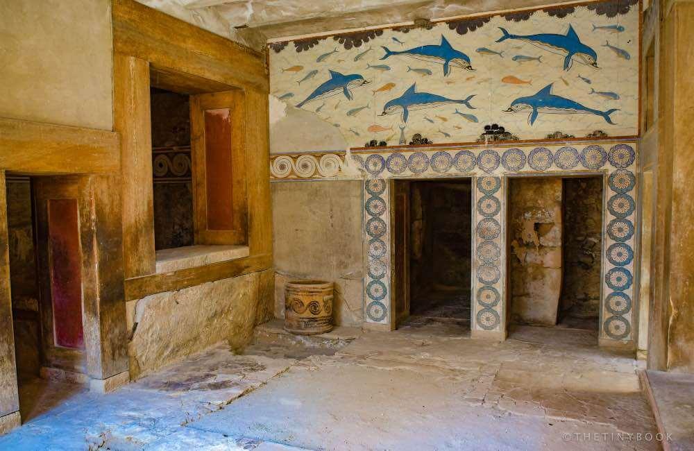 Fresco with dolphins, Crete