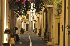 GREECE - RETHYMNON - OLD TOWN ALLEY (1)
