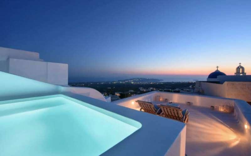 GREECE - SANTORINI - PYRGOS - HEATED POOL