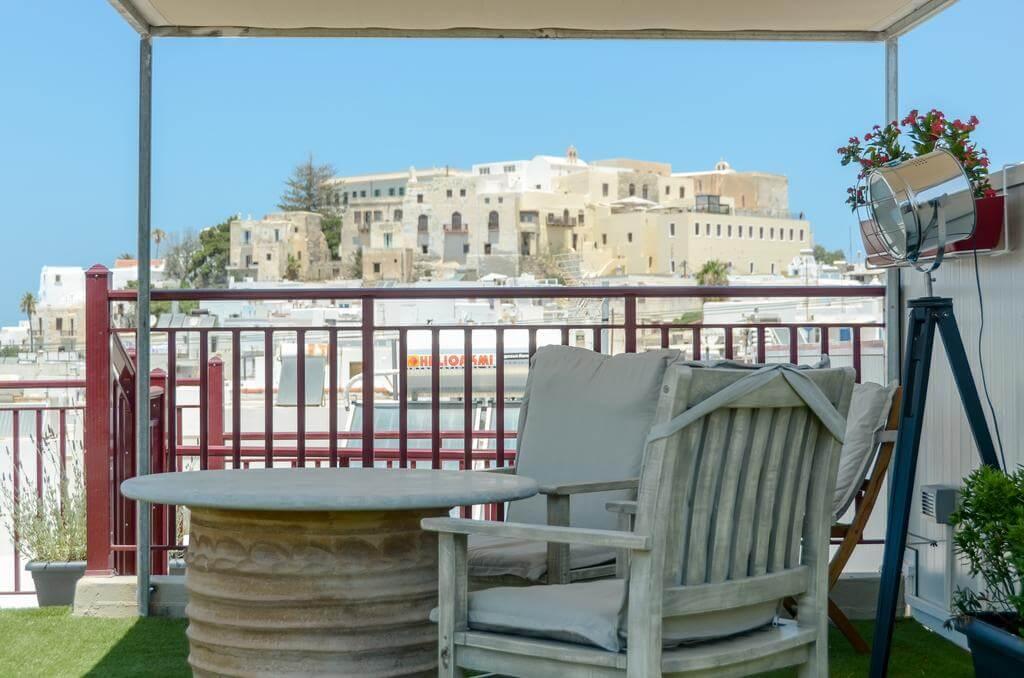 Naxos Center Houses