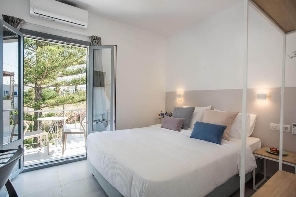 Nautilos Apartments Paros