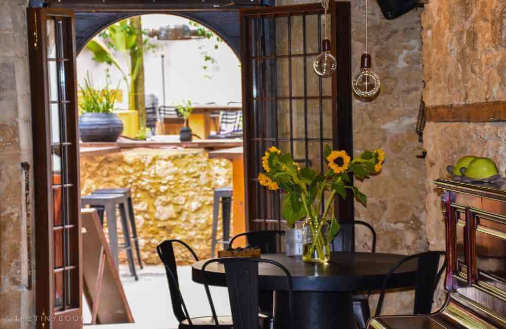 Opus Bar in Heraklion, Crete