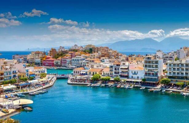 Crete- Lasithi - Agios Nikolaos Voulismeni Lake