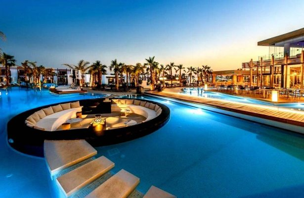 Discover 17 of the most stunning luxury resorts and hotels in Crete for an unforgettable vacation on the island!